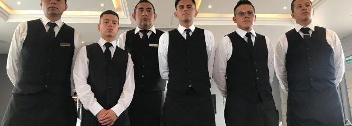 Meseros y bartenders para eventos como servicios en outsourcing